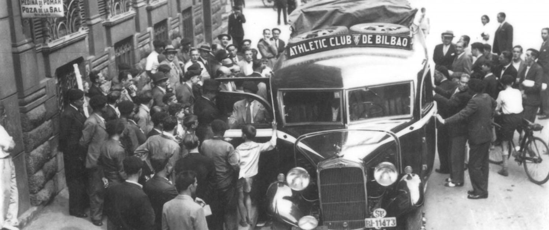 La Sede actual de Viajes Azul Marino en una dirección Histórica donde salían los autobuses del Athletic